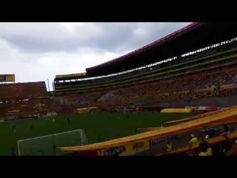 """""""ZONA NORTE VALENCIA - SE VIENE LA BARRA DEL MONUMENTAL - VAMOS VAMOS BARCELONA QUE TENEMOS QUE GANAR"""" Barra: Zona Norte • Club: Barcelona Sporting Club"""