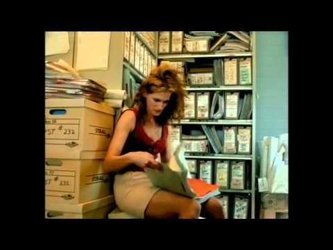 Erin Brockovich Trailer [HQ]