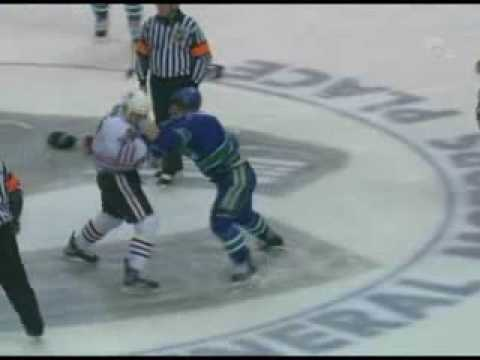 Adam Burish vs Byron Ritchie