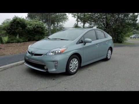 2014 Toyota Prius Plug-in Review - LotPro