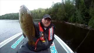 What Not to do When Landing Big Bass - Dave Mercers's Facts of Fishing THE SHOW