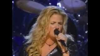 Trisha Yearwood - Where Are You Now (Live at CMA's 2000)