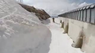 Candide Thovex. One Of Those Days 4
