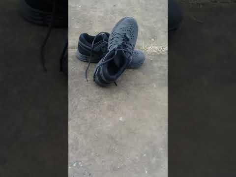 NIKE Fingertrap Shoes Giveway