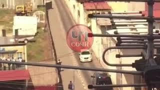 В Сочи водитель грубо нарушил правила дорожного движения