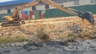 Best Working CAT & VOLVO Long Reach Excavator Working Hard On Mud