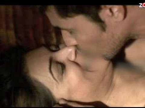 Mature kiss video