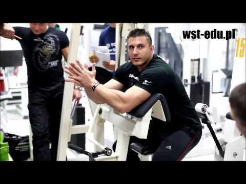 Jak zaangażować i budować mięśnie i