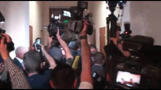 Генпримара Кишинева Дорина Киртоакэ вывели и увезли офицеры НАЦ