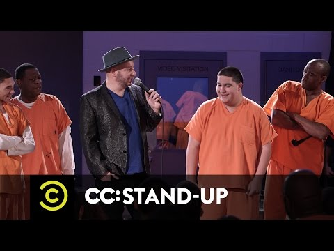 Jeff Ross Roasts Criminals: Live at Brazos County Jail - Speed-Roasting Prisoners - Uncensored