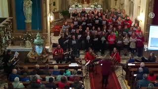 Korunovaná hvězdami, koncert schol z Prajzské