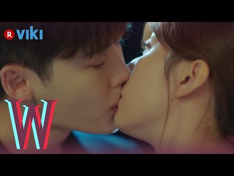 W   ep 5   lee jong suk  amp  han hyo joo  39 s rooftop kiss