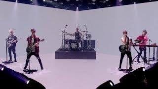Why Don't We Rocks with 'Fallin'