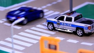 POLICE CAR CHASE | toy police chase | toy police car chases | Police Car For Children | POLICE