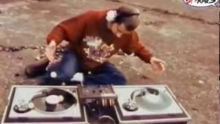 Absolute Beginner - Die Kritik An Platten Kann (VIDEO 1994)