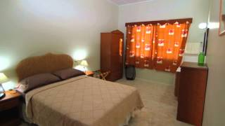 preview picture of video 'Barbados Vacation Rentals: Desgerdaph Upstairs Apartment'