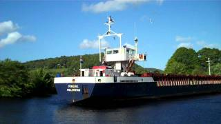 preview picture of video 'Cargo Ship Harbour Perth Scotland 20th May'