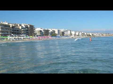 Сентябрьские пляжи в Испании, регион Коста-Дорада, город Салоу