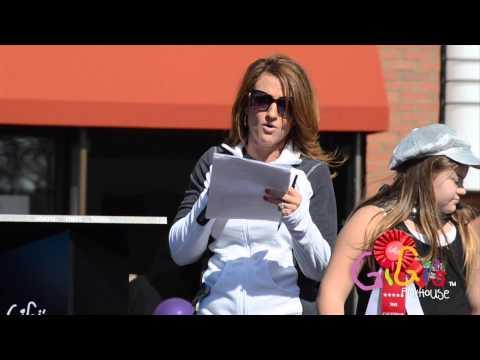 Ver vídeoDown Syndrome: GiGi Fest 2014