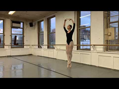 Here is a little video of my audition reel for 2019. I hope yu enjoy.
