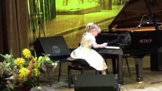 девочка 6 лет играет джаз !!!!! КРУТО!!!!