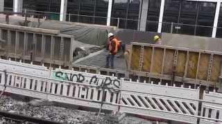 preview picture of video 'Rund um den Hauptbahnhof Stuttgart  | 6.2.2015 | #S21'
