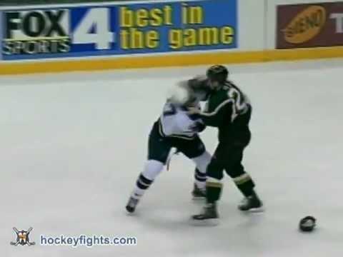 Ryan Johnson vs Steve Ott