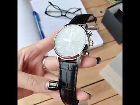 Nên đeo đồng hồ tay phải hay trái ?