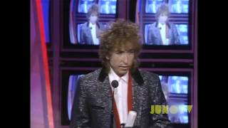 Bob Dylan Inducts Gordon Lightfoot into The Canadian Music Hall of Fame at The 1986 JUNO Awards