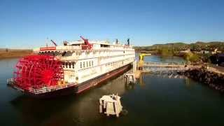 Q500 American Empress Sternwheeler Leaving The Dalles