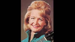 Liz Anderson - My Friends Are Gonna Be Strangers 1966 HQ