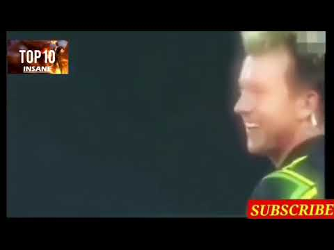 FUNNY MOMENTS IN CRICKET HISTORY