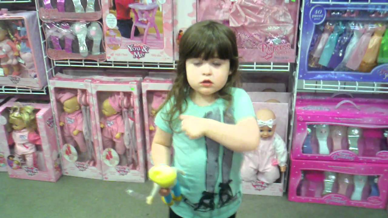 I Agree With This Little Girl About Pink Things
