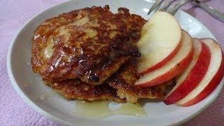 Смотреть онлайн Как приготовить яблочные оладьи на завтрак
