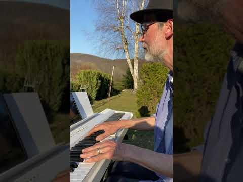 David Noll - Her Majesty - David Noll cover