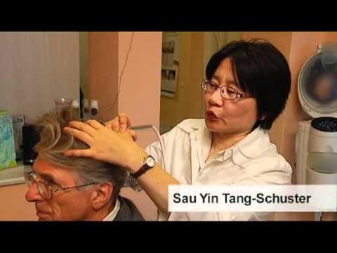 Das krause Haar prolabiert