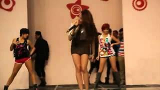 Danna Paola - 15 Fest la Expo Cantando  ruleta- YouTube3.flv