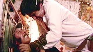 Shashi Kapoor Fight With Danny  Aandhi Toofan Action Scene 1/10