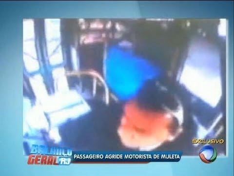 Passageiro agride motorista de ônibus com muleta em São Gonçalo (RJ)