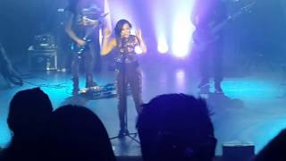 Demi Lovato, Let It Go (Live in KL, 2015)