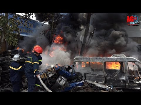 Cháy cơ sở kinh doanh vỏ xe cũ, thiệt hại hơn 100 triệu đồng