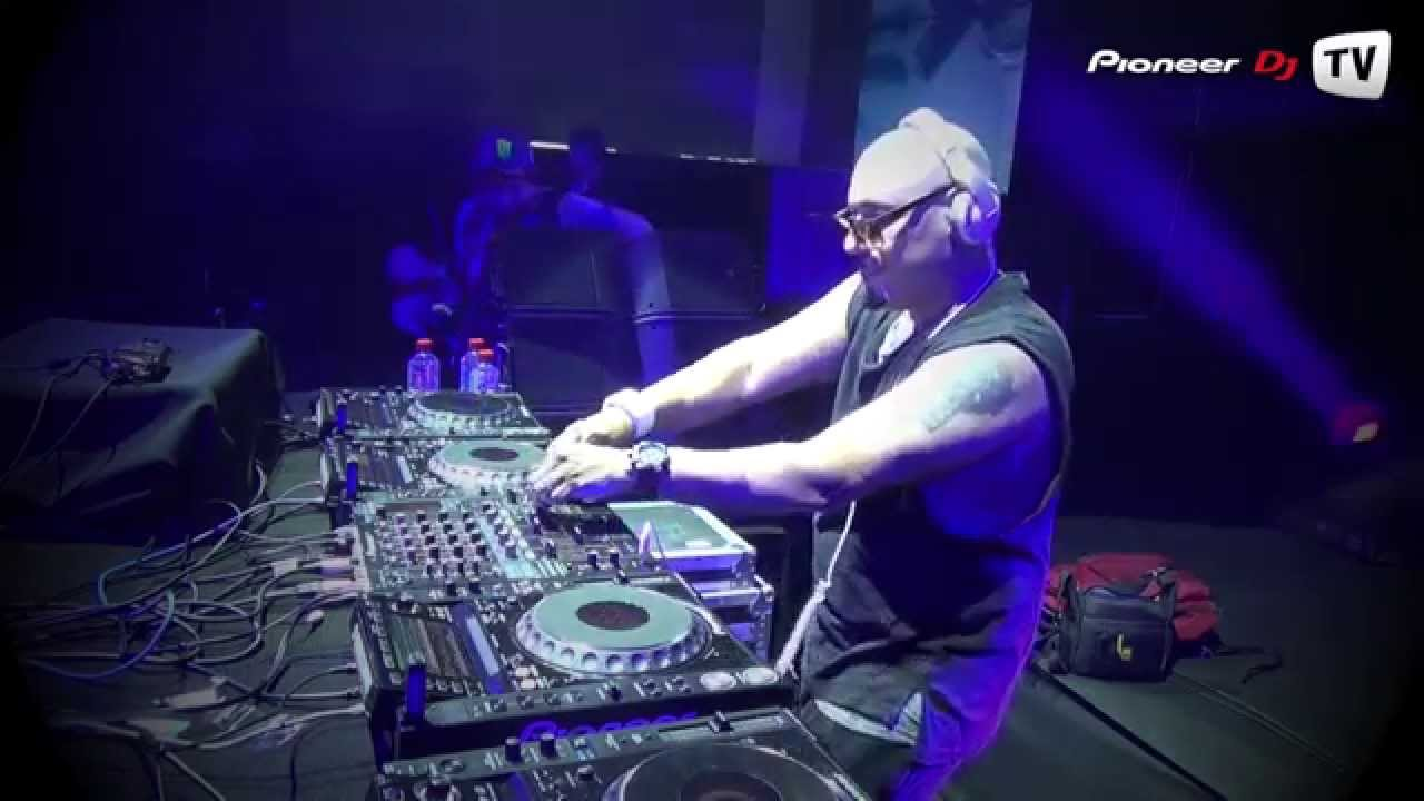 Roger Sanchez - Live @ Pioneer DJ TV Evolution Party 2013