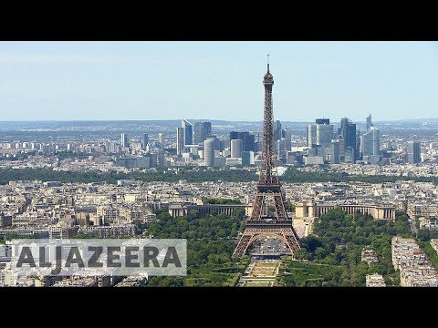 Brexit: Paris steps up efforts to lure London firms