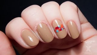 TUTORIAL: Easy Feather Band Nail Art