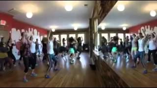Studio Zahiya Hip Hop Fitness with Lisa Zahiya :: Usher Yeah