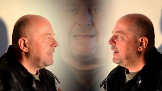 Video Vladimír Václavek - Vesmír  (oficiální video 2014)