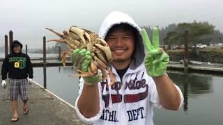 Cuộc sống ở Mỹ: Đi ra biển vớt cua về ăn