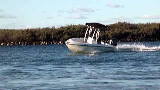 Truline vessel performing turns