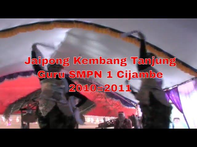 Jaipong Kembang Tanjung Guru dan Staf TU