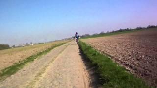 preview picture of video 'Paris Roubaix Challenge'